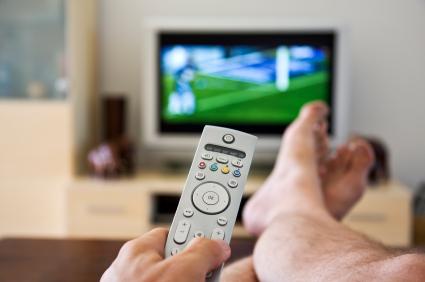 dangers de regarder trop longtemps la tv